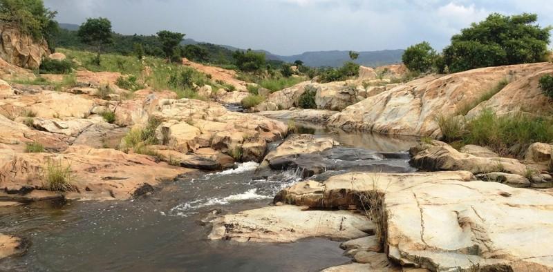 En las montañas Barberton Makhonjwa están algunas de las rocas sedimentarias más antiguas del planeta. Allí se encontraron restos orgánicos alienígenas