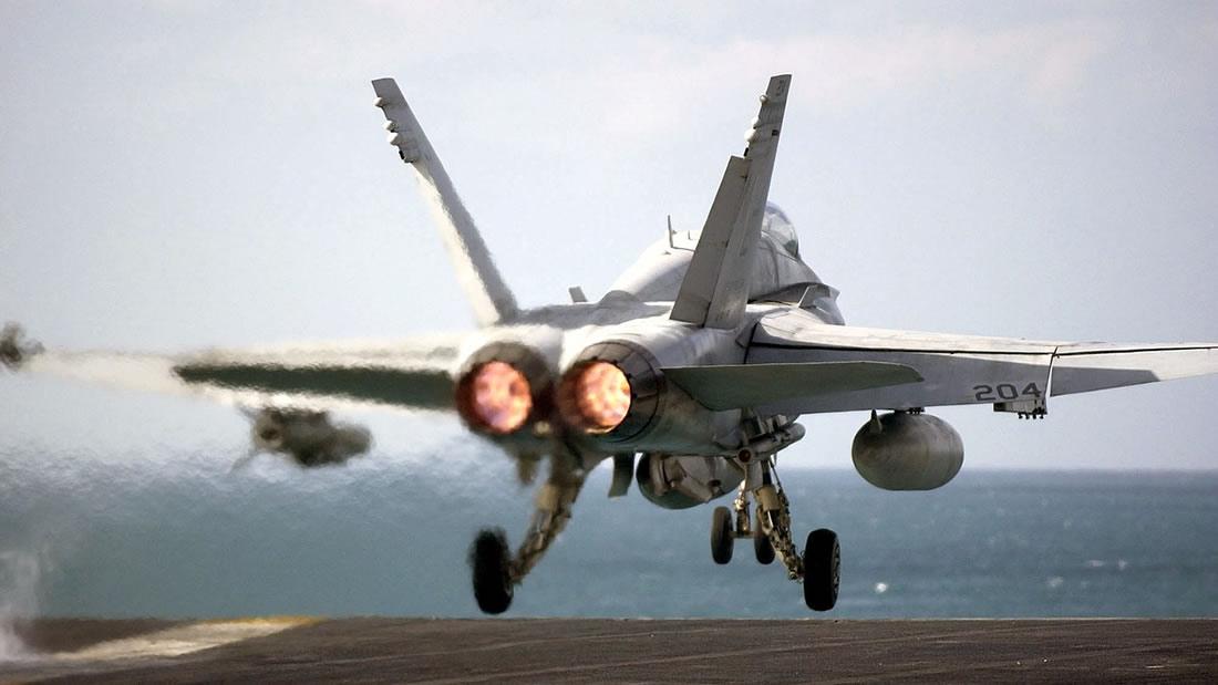 Muchos pilotos han reportado encuentros con OVNIs, dice la Marina de EE.UU.