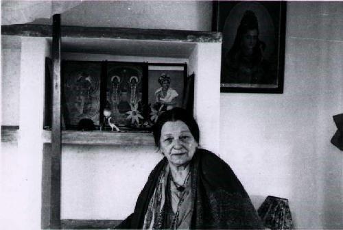 Madre Mary Mae Maier, quién aseveró estuvo contacto, con la orden de Phylos el Tibetano