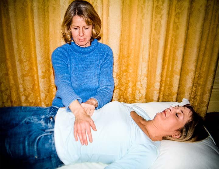 Tratamiento de reiki, terapia de energía