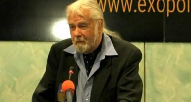 Robert Dean en una conferencia de exopolítica