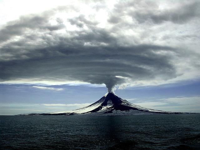 Experto advierte que la erupción del Yellowstone podría matar a cinco mil millones de personas