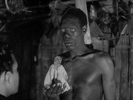 Un zombie representado en la película I Walked with a Zombie, de 1943