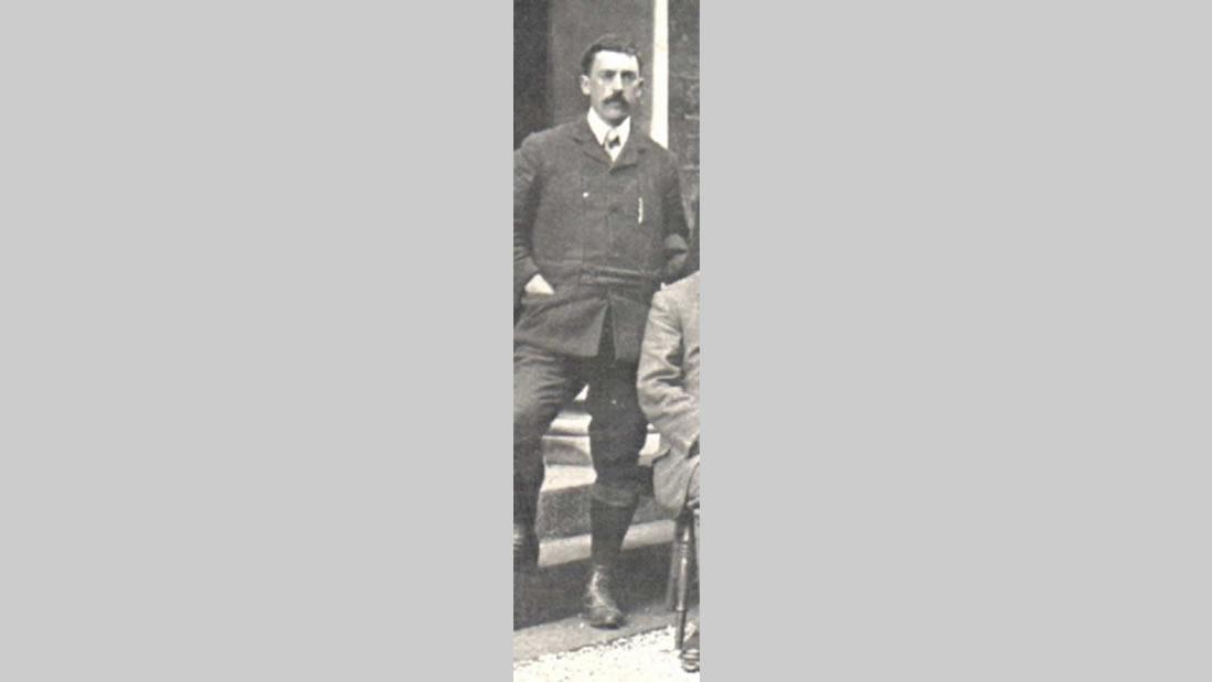 Una de las pocas fotografías conservadas, del llamado Julio Verne Británico, Edward Douglas Fawcett, y de enorme influencia, en la vida de su afamado hermano