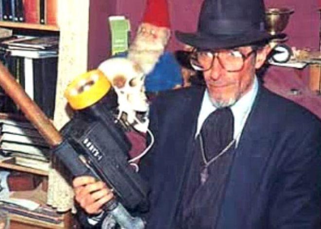 El cazafantasmas denominado «Tristanbraker» fue uno de los pseudo investigadores que se presentaron para aprovecharse de la angustia de la familia Gutiérrez Lázaro