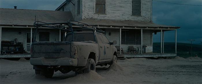 Imagen de la película luego de una tormenta de polvo