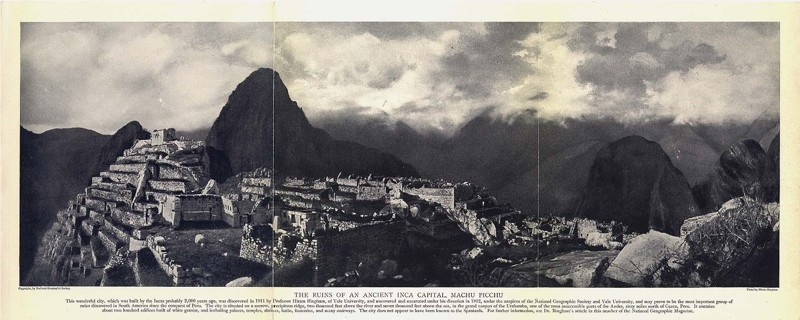 Fotograma de Machu Picchu, titulado, «Las Ruinas de una antigua capital inca», 1913