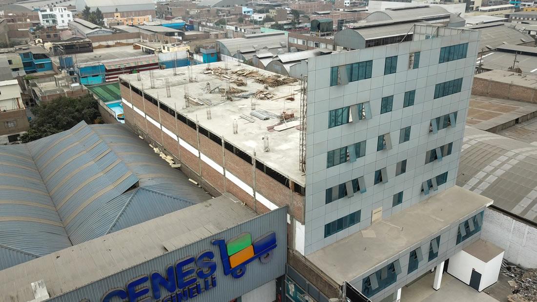 Universidad de Perú ostenta una torre de 7 pisos que solo era una fachada falsa