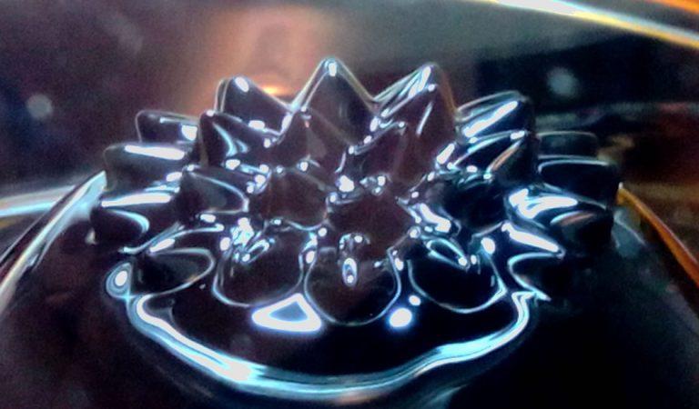 Crean el primer imán en estado líquido y podría revolucionar la robótica