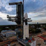 India lanzará hoy una sonda al lado oculto de la Luna donde se descubrió una masa metálica enterrada