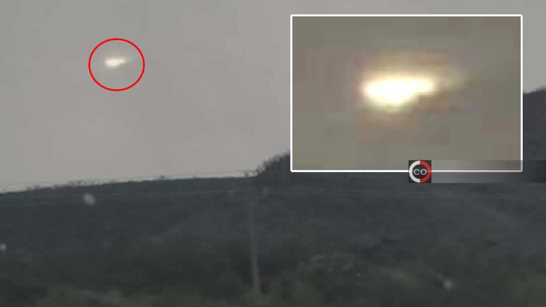 Intenso objeto luminoso es grabado surcando el cielo de México