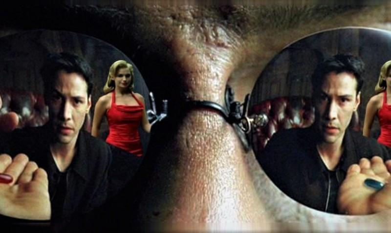 Matrix: decodificando a la mujer del vestido rojo