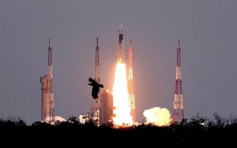India lanza misión al lado oculto de la Luna