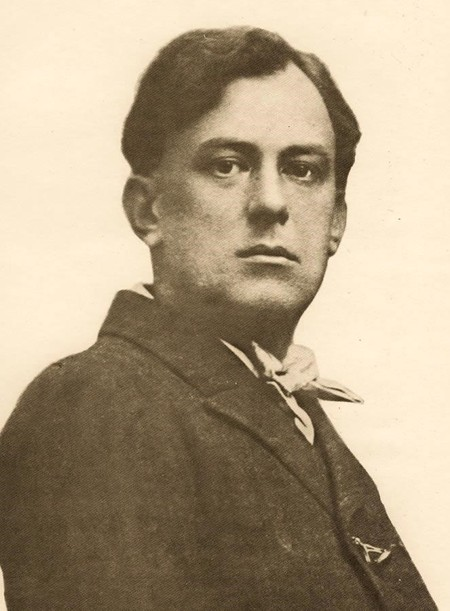 Aleister Crowley retratado durante sus años estudiantiles