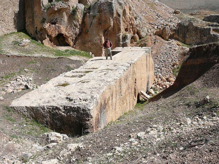 Una de las piedras más grandes del lugar