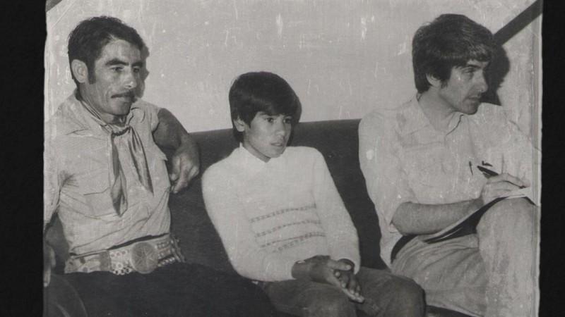 Juan Oscar Pérez (centro) a los 12 años