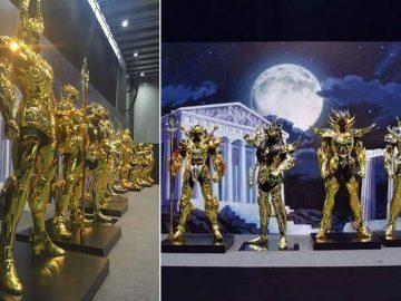 Exhiben armaduras de los Caballeros del Zodiaco de Oro en tamaño real en Japón