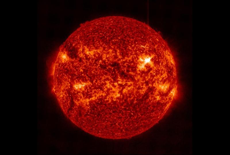 Hallan una estrella que es casi tan antigua como el universo
