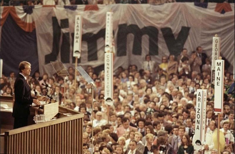 Jimmy Carter retratado en la Convención Nacional Demócrata, Madison Square Garden, durante sus días de campaña, 1976