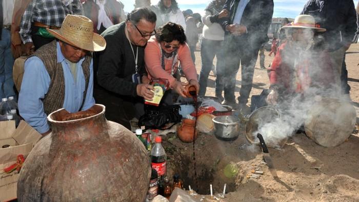 Rituales por el día de la Pachamama en Argentina