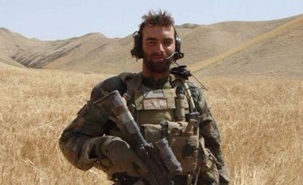 Nick Karnaze, ex marine estadounidense