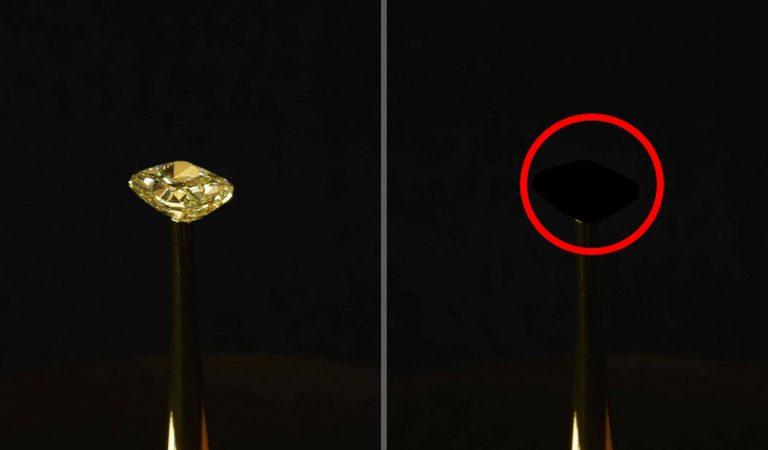 Crean el material más negro existente y convierte los diamantes en «agujeros negros»