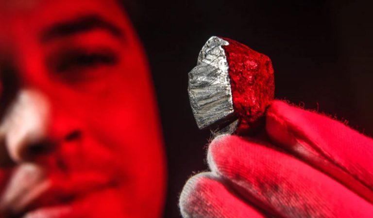 Descubren un nuevo mineral nunca visto en la naturaleza y proviene de otro planeta