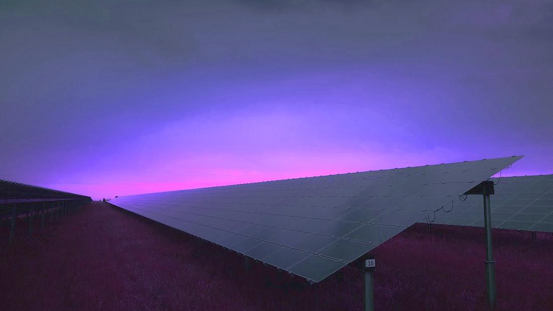 Inventan panel solar que genera electricidad en la oscuridad de la noche