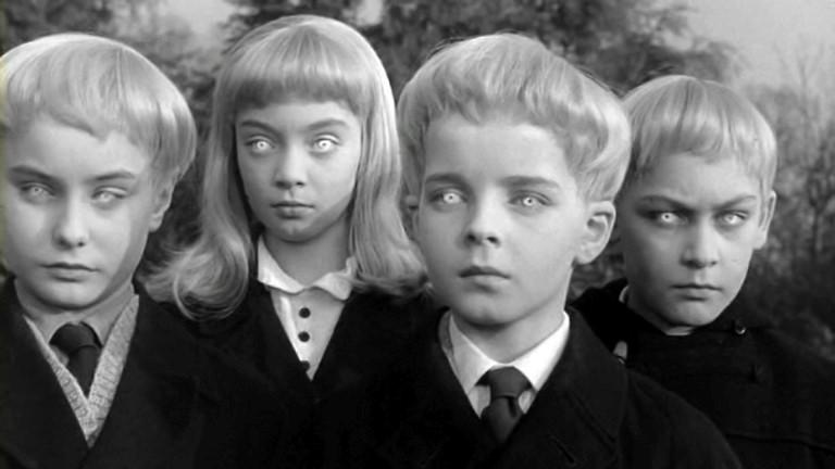 El Pueblo de los Malditos, cinta de 1960, que habría inspirado a la líder del culto La Familia