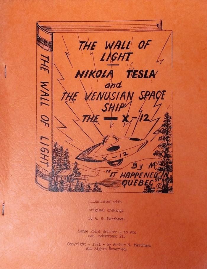 El curioso libro escrito por Arthur Matthews, con intrigantes aportes sobre la enigmática vida de Tesla