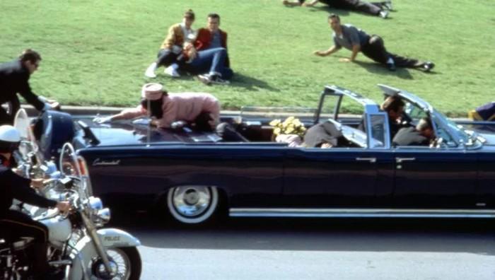 Recreación de la Película JFK de 1991 sobre la muerte de John F. Kennedy el 22 de noviembre de 1963