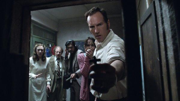 Escena de la película «El Expediente Warren 2» sobre el mediático caso de Enfield