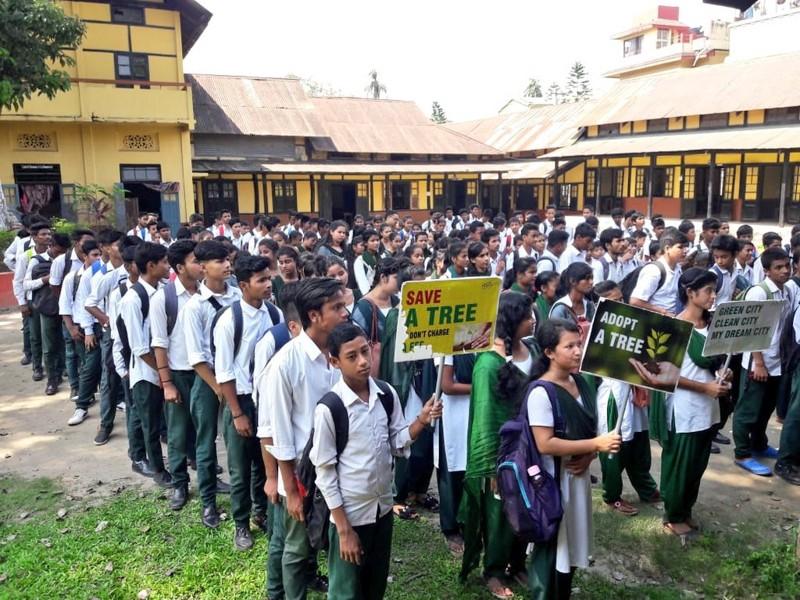 Niños protestan en la India