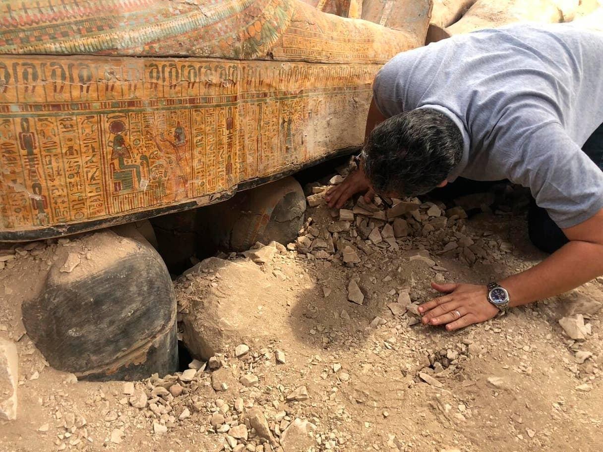 Los sarcófagos eran para hombres, mujeres y niños de la dinastía 22 (945-715 a. C.)