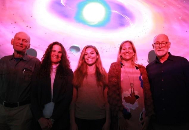 Investigadores de UCLA: Benjamin Zuckerman, Beth Klein, Alexandra Doyle, Hilke Schlichting, Edward Young (izquierda a derecha)