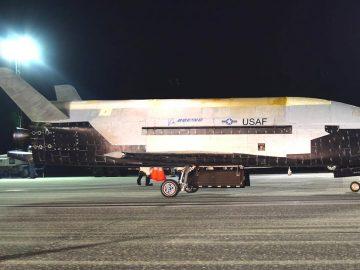Avión espacial X-37B de la Fuerza Aérea de EE.UU. regresa a tierra luego de más de 2 años en el espacio