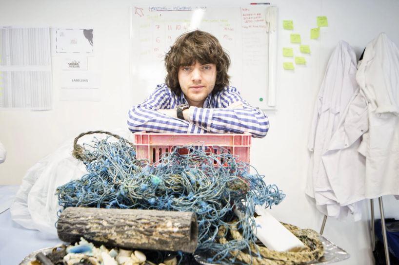 Boyan Slat, de 25 años, lidera el esfuerzo para limpiar nuestros océanos