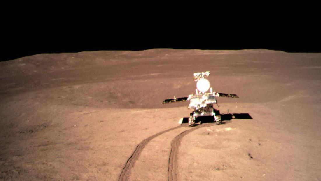 China lanza nueva fotografía de la sustancia «gel» extraña hallada en la Luna