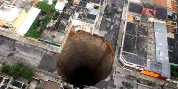 ¿Dónde aparecerías si cavaras directamente a través de la Tierra? Este mapa lo muestra