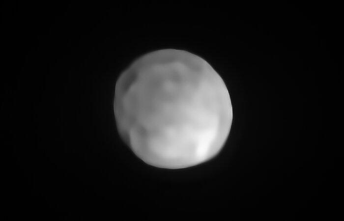 Imagen de Hygiea, que podría ser el planeta enano más pequeño del Sistema Solar hasta el momento