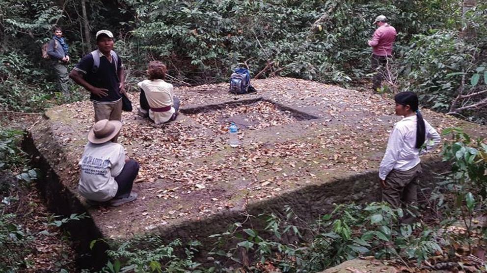 Parte de los restos ocultos en la selva de la antigua capital khmer