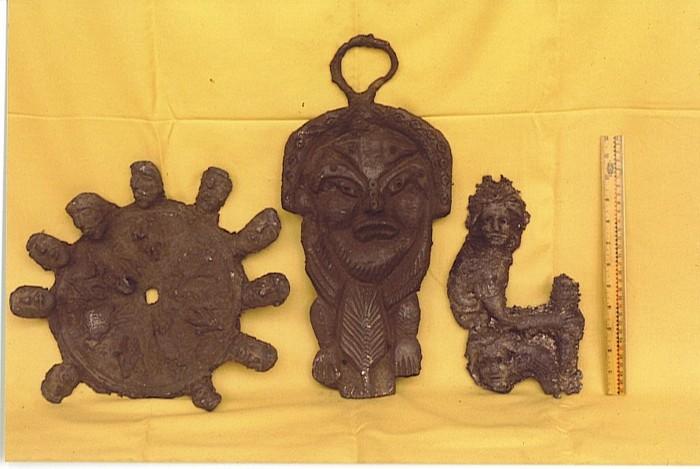 Inquietantes grabados que fueran retratados por el célebre ufólogo, Wendelle Stevens. ¿Restos de Lemuria?