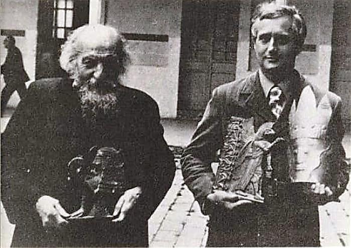 La recordada visita del estudioso norteamericano al Museo Crespi en los setenta, Richard Wingate uno de los grandes atlantólogos de su época