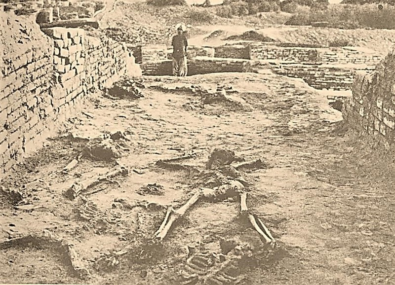 Uno de los enigmas más asociados a Mohenjo Daro y Harappa, los supuestos esqueletos radiactivos. Hoy sabemos que no es cierto