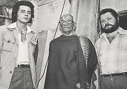 La única foto existente del enigmático estudioso británico David W. Davenport, posando a la izquierda. En el centro, GR Josyer, traductor del Vimana Shastra, y con barba, el periodista italiano Ettore Vincenti