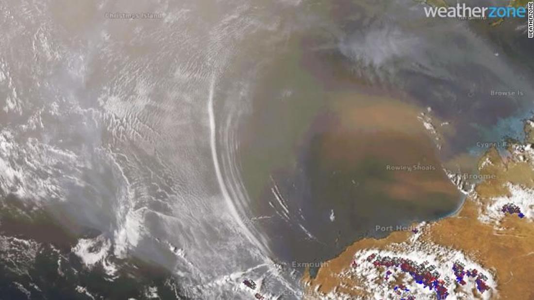 Satélite captura imágenes raras de ondas de gravedad atmosférica