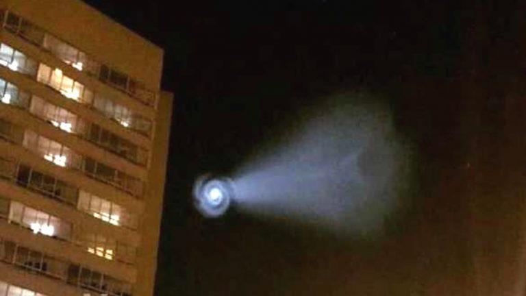 Anomalía en el cielo aterra a gran parte de Rusia. Ministerio de Defensa se pronuncia