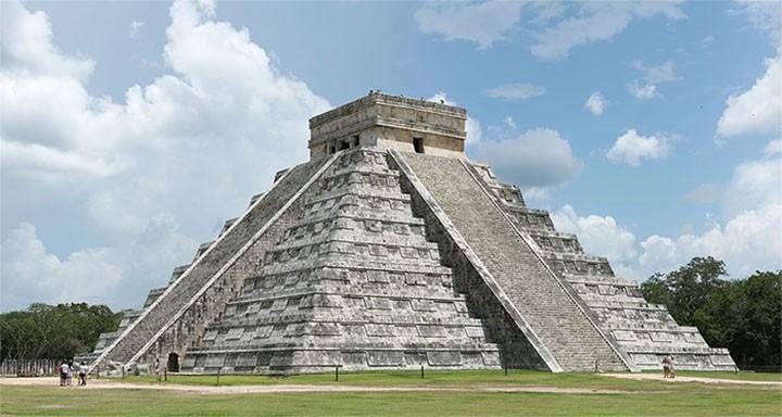 Pirámide de Kukulcán en Chichen Itzá