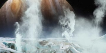 Científicos confirman existencia de vapor de agua sobre la luna Europa