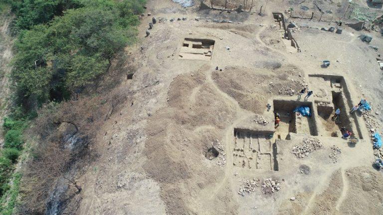 Descubren un templo megalítico de 3.000 años en Perú usado por un «culto acuático»